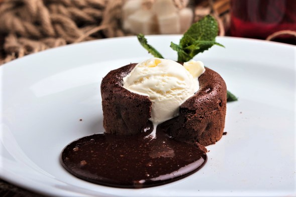 Molten Lava Cakes with Salted Caramel